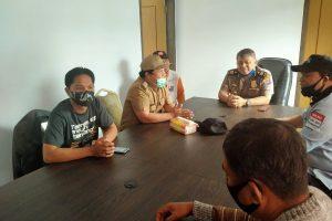 Difasilitasi Kasubag Humas Polres dan AWAM, Oknum Wartawan dan Petugas Pos Jaga di Tumaratas Dua Berdamai