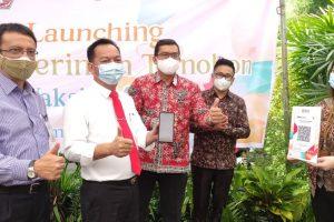 ADVERTORIAL: Wali Kota Caroll Senduk Launching Cashless di Pasar Beriman