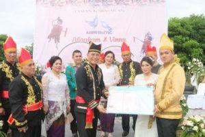 Walikota Jimmy Eman Jadi Pencatat Perkawinan Putra Kadis Dikbud Tomohon