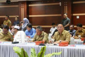 Dibuka Gubernur, Eman Hadiri High Level Meeting TPID Sulut