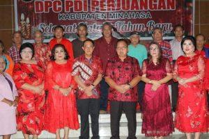 DPC PDI Perjuangan Minahasa Gelar Ibadah Natal Bersama