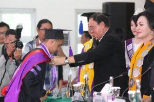 ROR Hadiri Wisuda Pasca Sarjana IAKN Manado