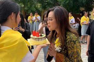 Rayakan HUT ke- 44 Wawali Tomohon Disambut Tari Kabasaran Siswa SMK St. Familia